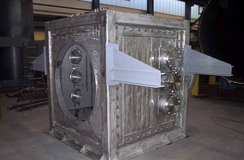 Heat-resistant gas duct for pyrolisis gas fabrication